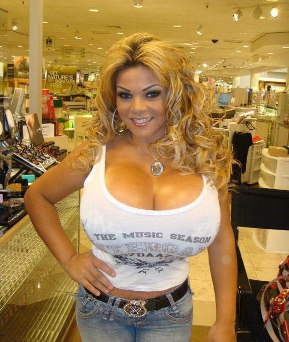 Снять проститутку с 9 размером груди